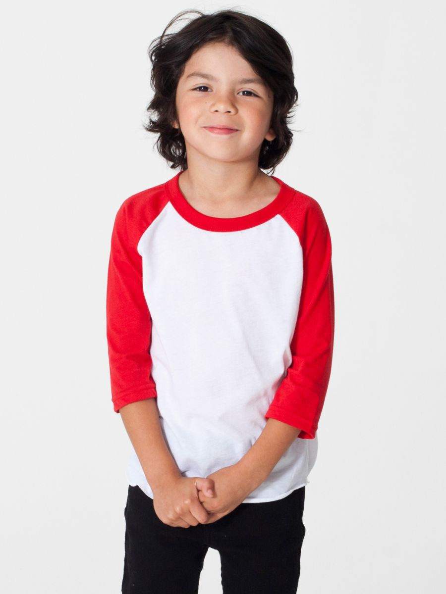 Let them wear their love of the great outdoors front and center with the Bass Pro Shops Toddlers'/Kids' Raglan Tee-Shirt. This awesome shirt features a screen-printed animal with old-school presentation.